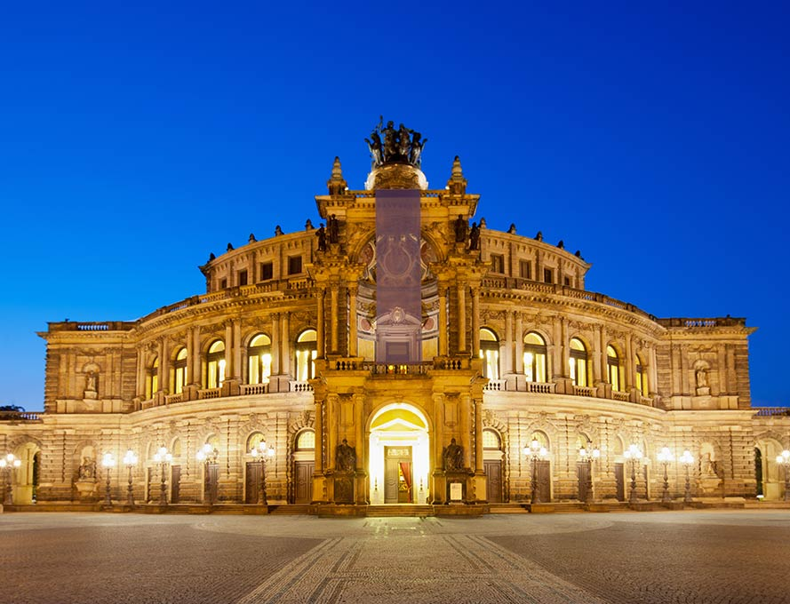 Semper Opera in Dresden - arrive in style with a chauffeur